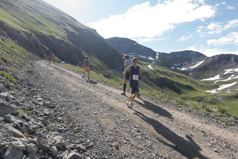 Stevie Kremer descending Kendall Mountain Run 2015 en-route to CR 1:55:27.