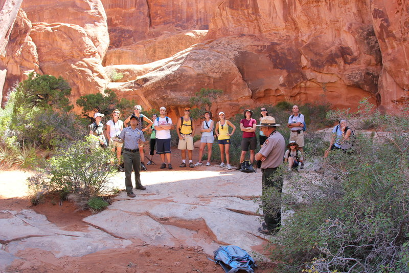 Fiery Furnace: Ranger tells the story of the park