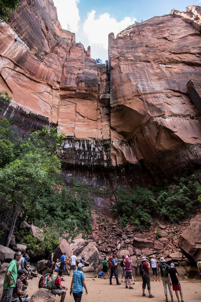 Upper Emerald Pool's cascade.