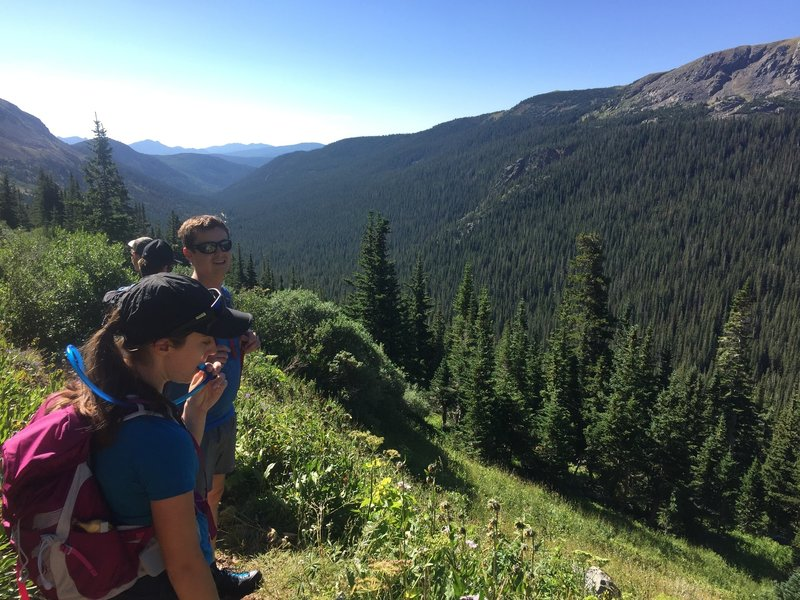 The group overlooking the North Fork Middle Boulder Creek Valley.