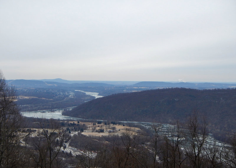 View east of Short Hill Mountain from the Parrot Gun overlook