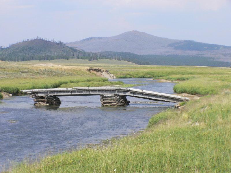 Pelican Valley Trail's old bridge.