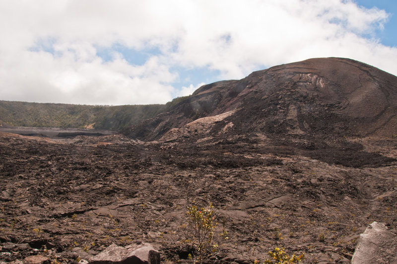 Pu'u Pua'i from the Kileauea Iki Trail