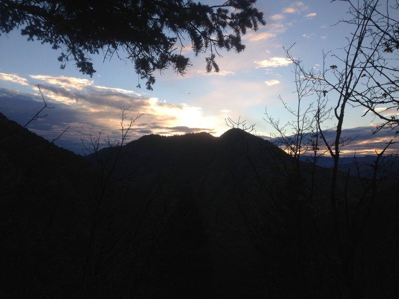 The sunrise over the Mahogany Range