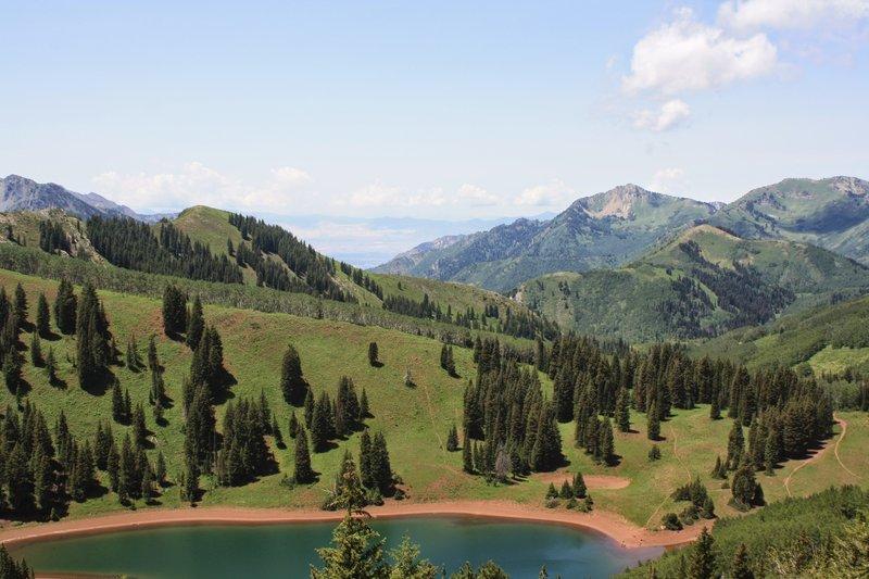 On the ridge above Desolation Lake.