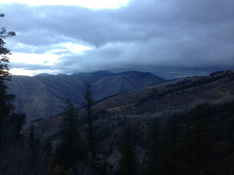 A view of the Northern Bear River Range and a small stand of golden aspens from the Spring Hollow viewpoint before getting to the switchbacks.