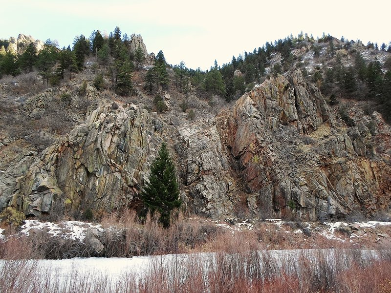 View along Waterton Canyon.
