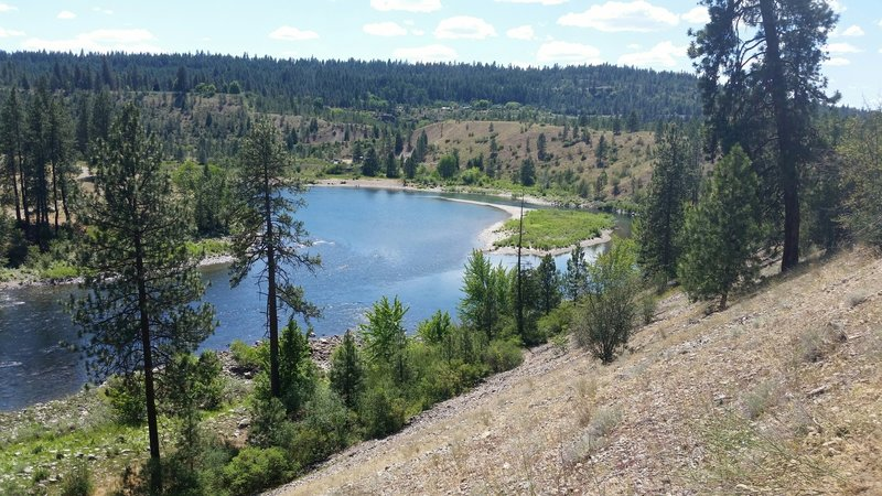 Trail 100 connects downtown Spokane with the hiking trails at Riverside State Park Bowl & Pitcher area and provides spectacular views of the river!