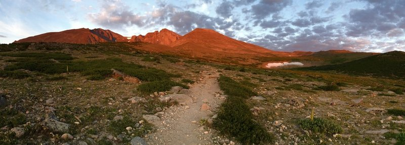 Sunrise on Longs Peak's Diamond.