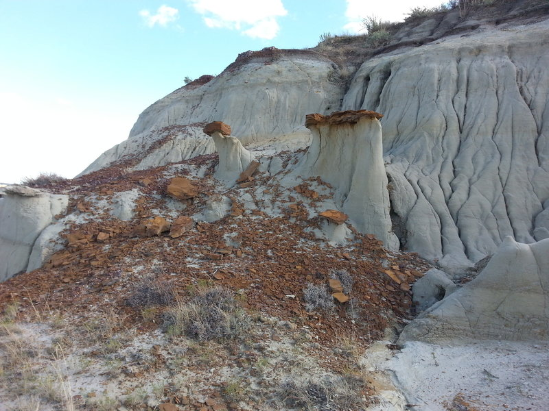 Some of the cool rock formations found on the Maah Daah Hey Trail