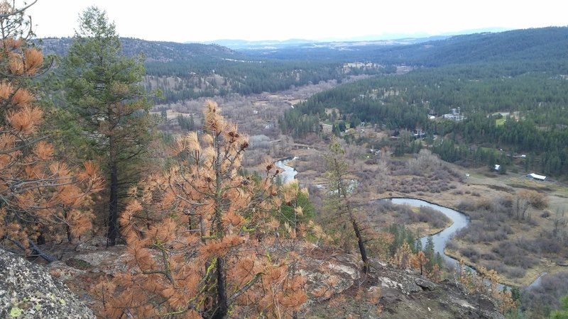 The second viewpoint is just a little bit higher but worth the climb.  Looking out toward the Little Spokane River Valley.