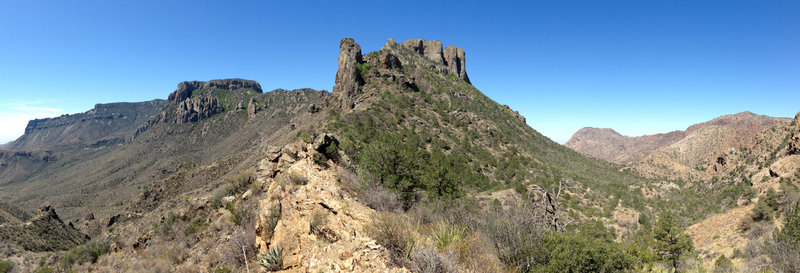 Around halfway up the Lost Mine trail, views of Casa Grande and Juniper Canyon