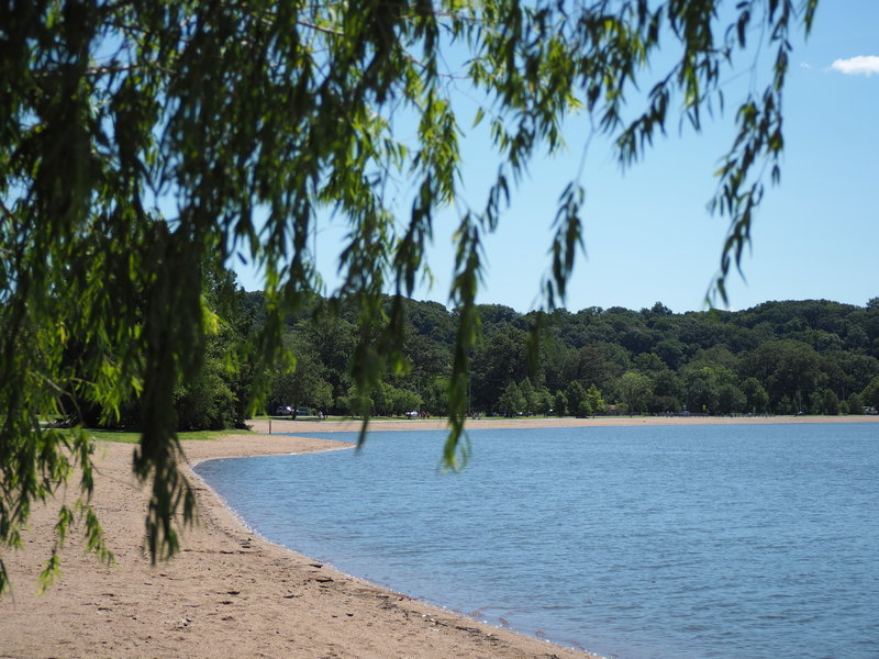 View of the beach at Creve Coeur County Park along the Lakeview Loop trail.