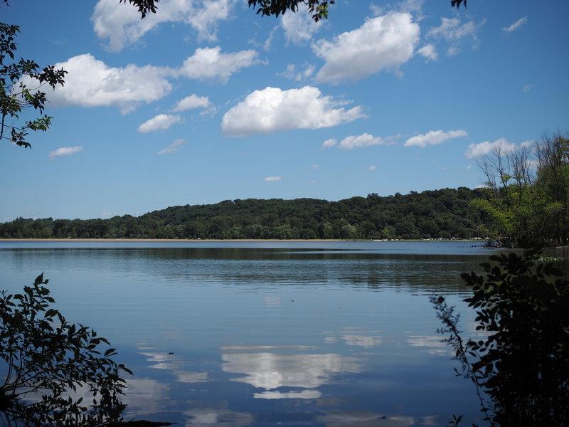 View of Creve Coeur Lake from the Meadows Loop Trail.