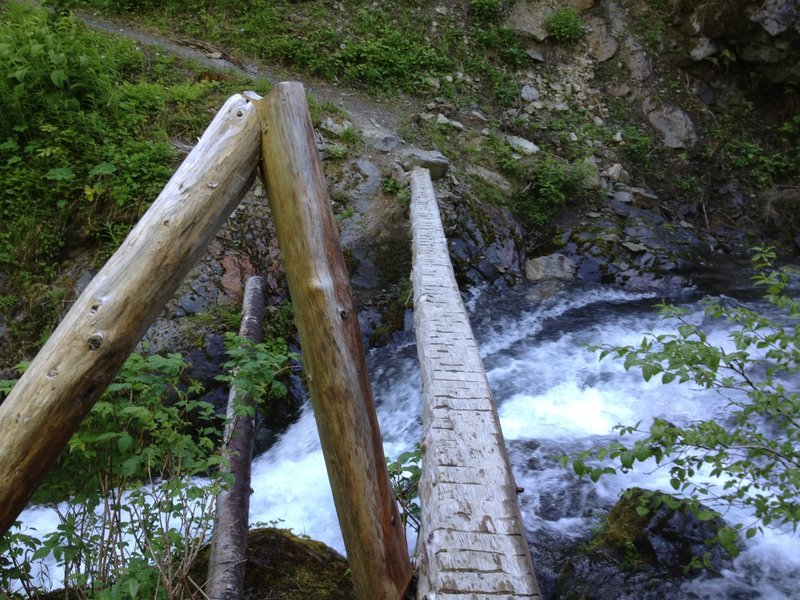 This bridge partially collapsed before we started this hike. The rangers said it wasn't safe to cross.