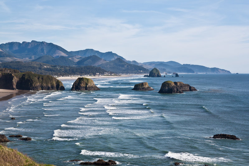 The Oregon Coast Trail highlights the incredible beauty of the coast.