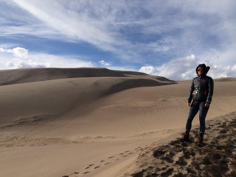 Sallie hiking into the desert!