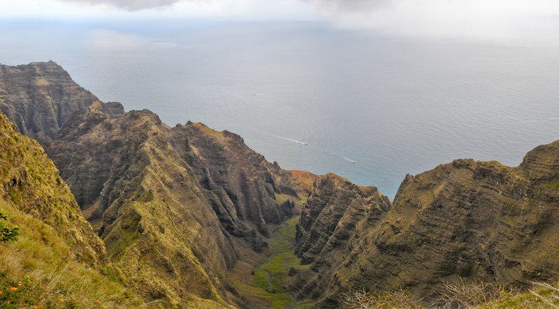 Awa'awapuhi Valley as seen from the Awa'awapuhi Lookout.