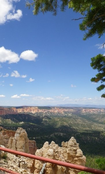 View from Rainbow Point and the end of the trail.