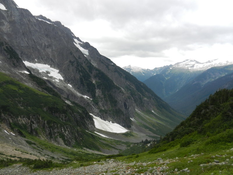 Almost at Cascade Pass - beautiful views everywhere!