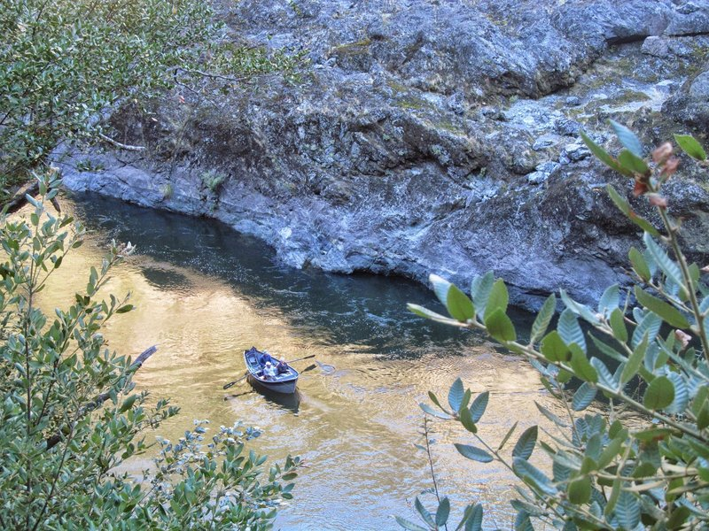 Driftboaters fishing for fall salmon in Mule Creek Canyon