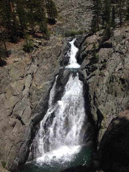A beautiful waterfall along the San Joaquin River in Goddard Canyon.