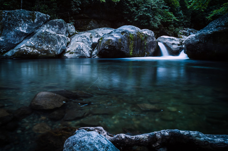 Midnight Hole © Ryan Jones