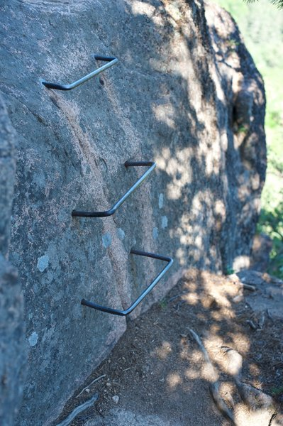 Part of the trail requires climbing up metal rungs to scale the mountain.   Not for small children or people who are afraid of heights.