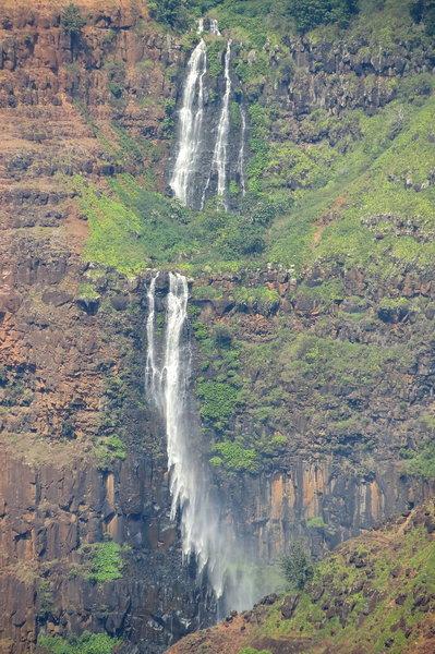 Waipo'o Falls, Waimea Canyon, Waimea - 800 foot falls!