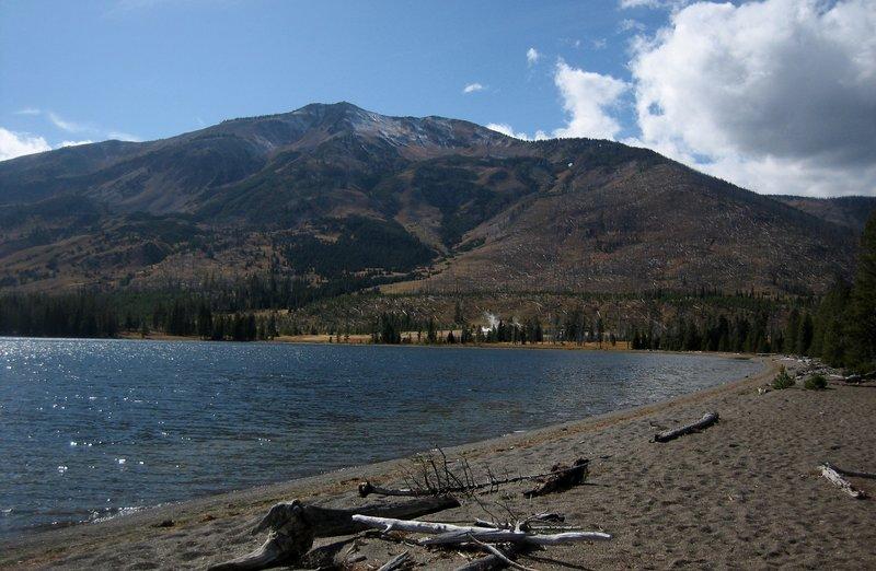 Mount Sheridan (10,308') looms over Heart Lake.
