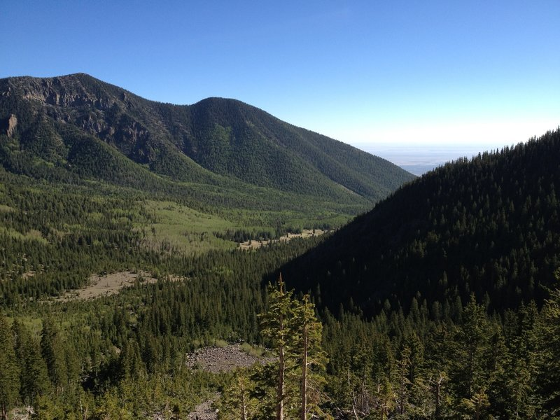 View of Inner Basin from near Fremont Saddle.