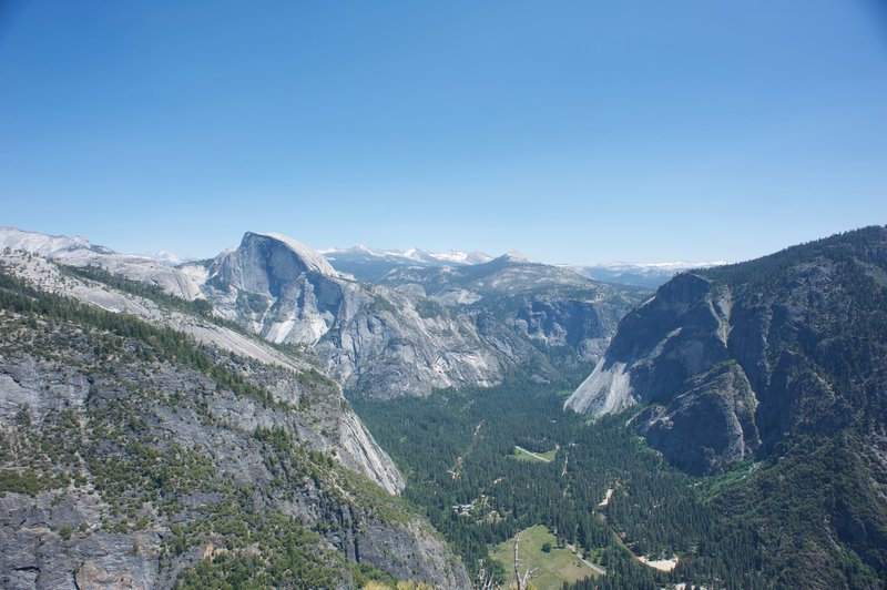 Looking toward the Merced and Tenaya Caynon drainages, with Yosemite Valley stretching below.