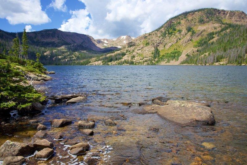 The shore of Upper Rainbow Lake.