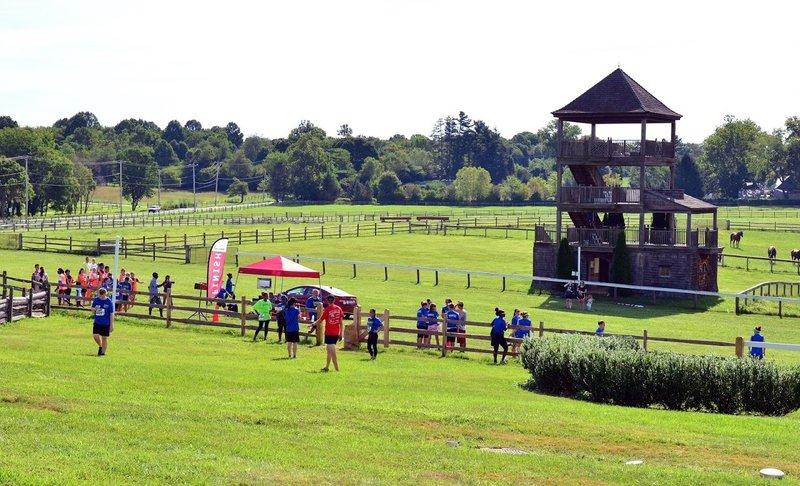 Start/Finish line of Ragnor Red Run 5k Steeplechase.