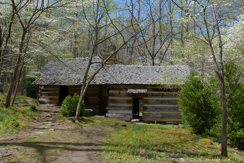 Old cabin on the Porters Creek Trail.