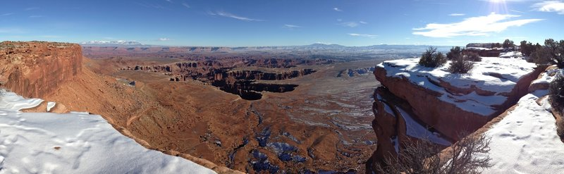 A panorama from the Grandview Point Trail.