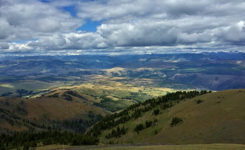 Looking Northeast from the top of Mt Washburn.