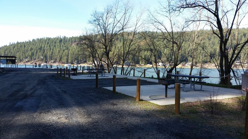 Picnic, parking, and swimming area.