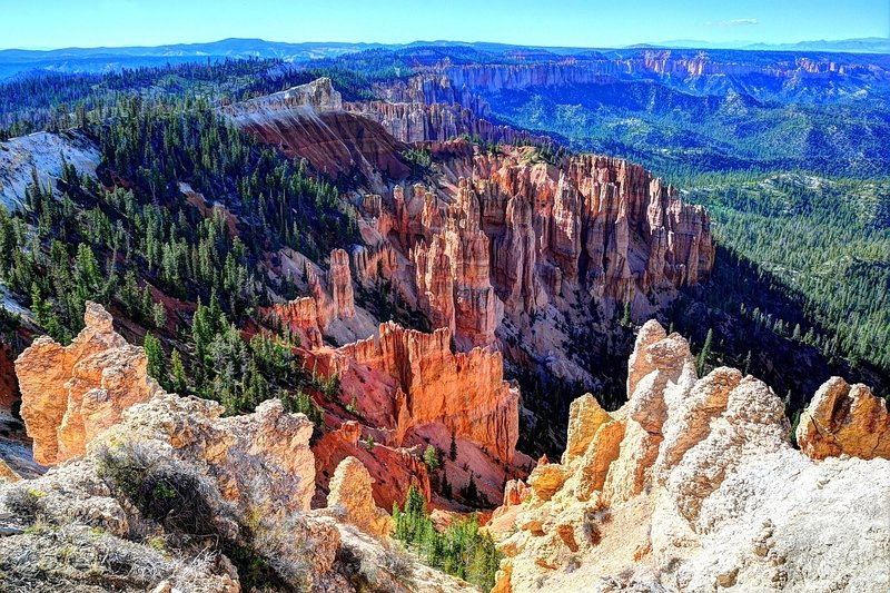 The spires of Rainbow Point in Bryce Canyon National Park
