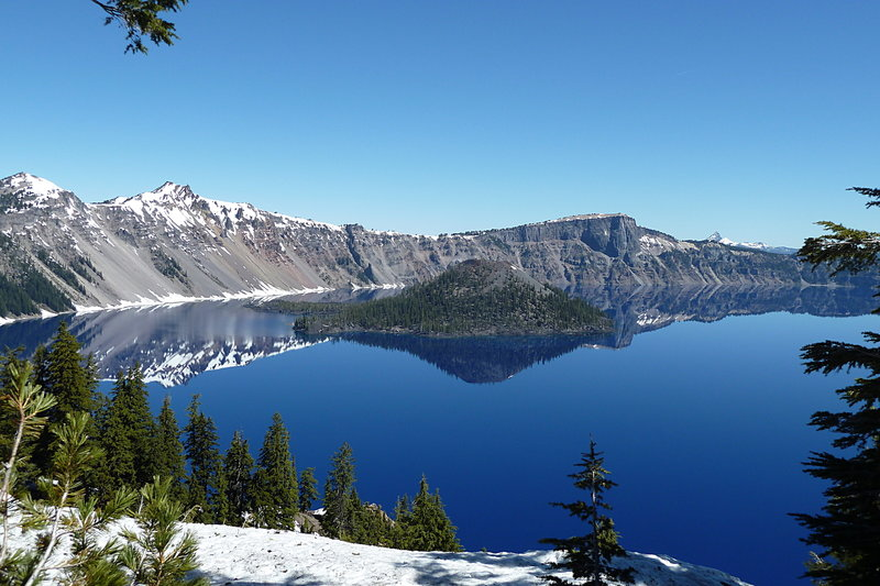 Crater Lake on a sunny day near the visitor center.
