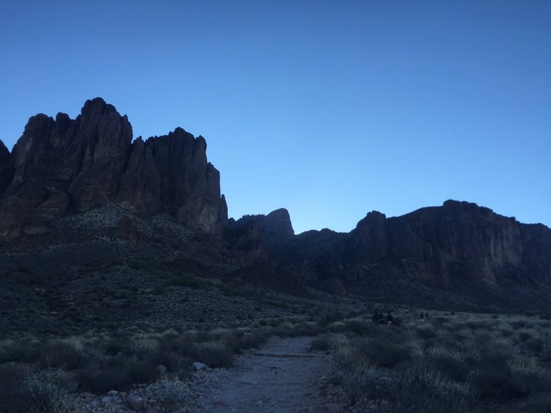 Superstition Mountains at the trailhead.