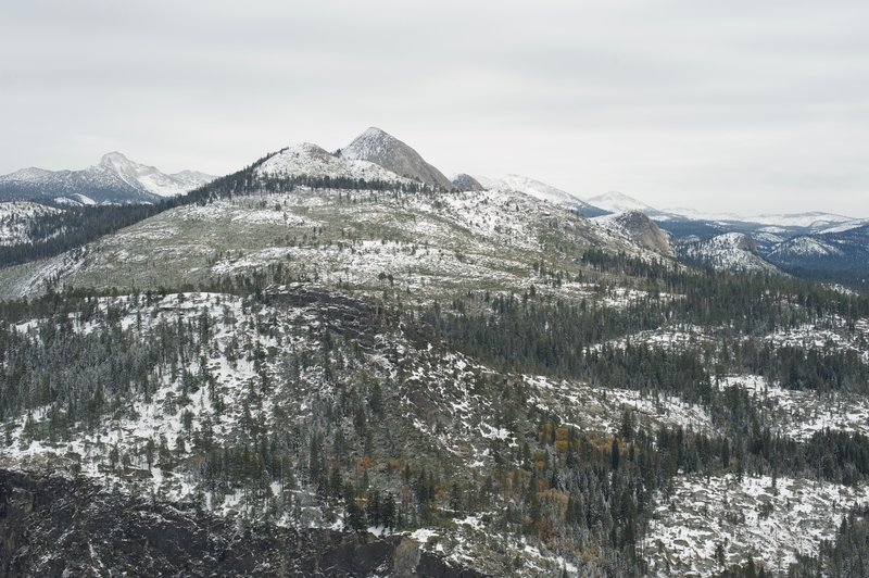 Mount Starr King rises above the Panorama Trail.