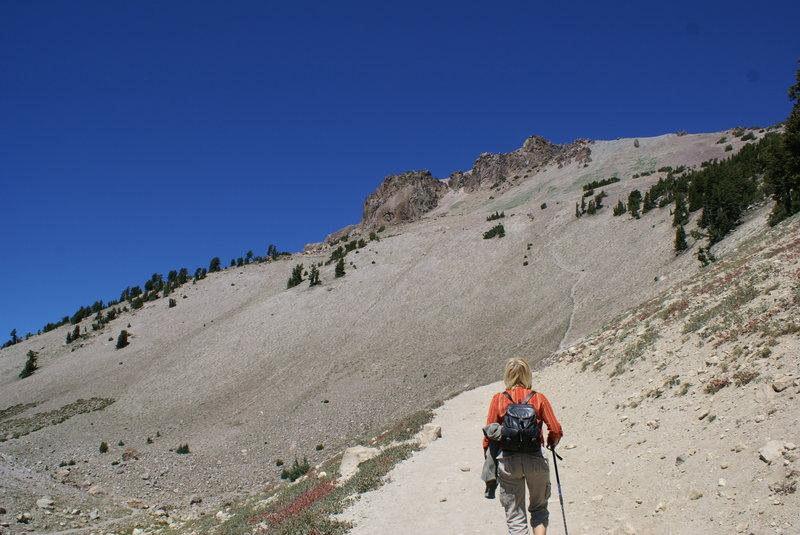 Mt. Lassen Volcano, trail to the peak.