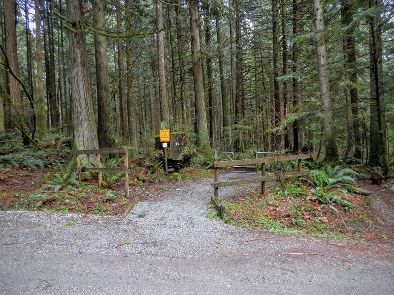 Entrance to George's Way Trail.