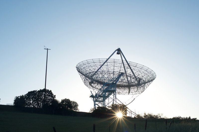 The Stanford Dish as the sun begins to set. The trail climbs up to the Dish after dropping into a gully.