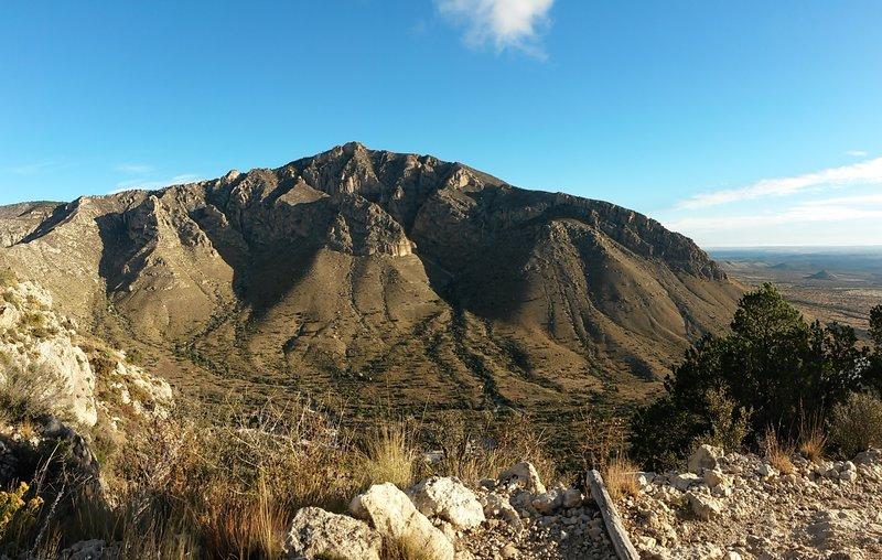 Panorama of Hunter Peak.