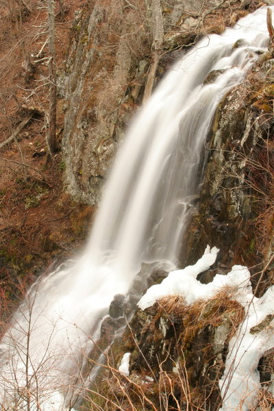 Winter view of Lewis Spring Falls as seen from the viewing platform.