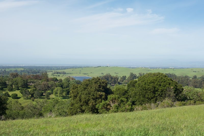 The Stanford Dish, Dumbarton Bridge, and San Mateo can be seen in the distance (as well as Felt Lake).