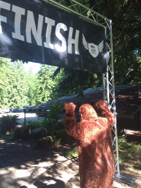 Sasquatch crossing the finish line in 2015.