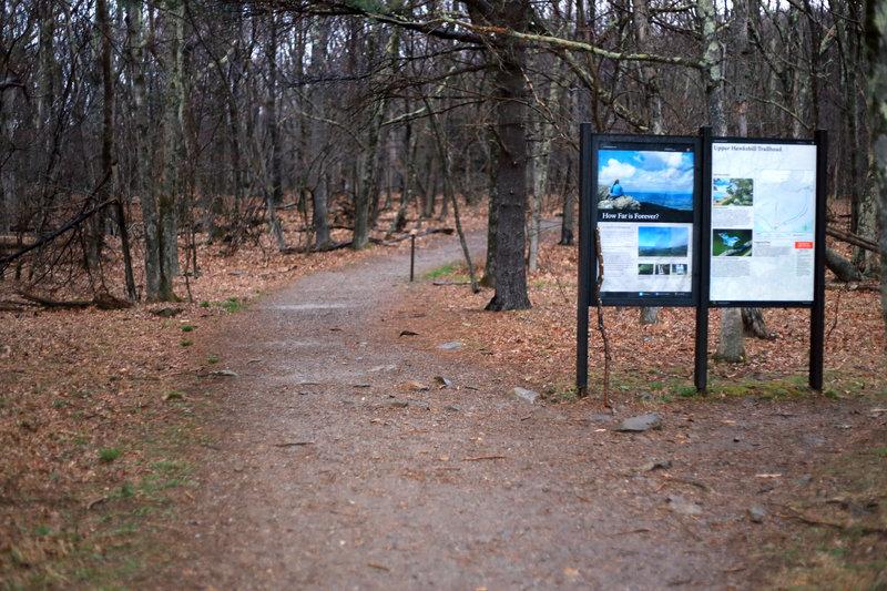 Trailhead to the Upper Hawksbill Trail.